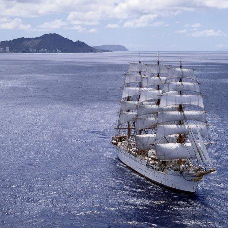 Plavba na obřích plachetnicích